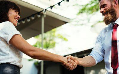 Vier tips voor het bedanken van vrijwilligers: Hoe laat je zien dat je ze écht waardeert?